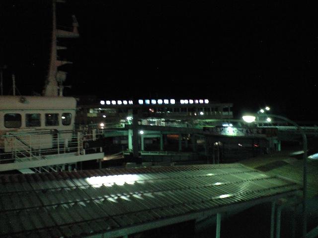 夜の桜島フェリー
